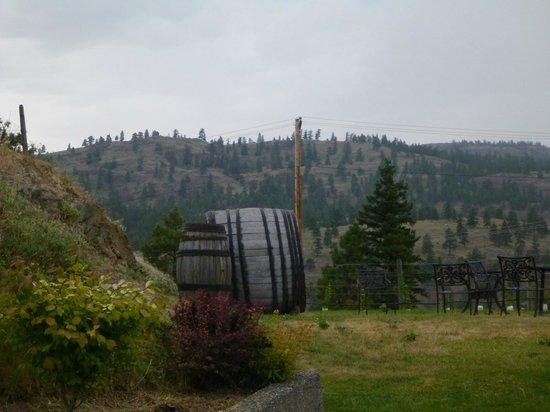 Sumac Ridge Estate Winery: A rainy day but still beautiful!