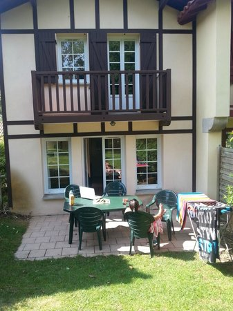 Pierre & Vacances Resort Moliets: la terrasse de la maison