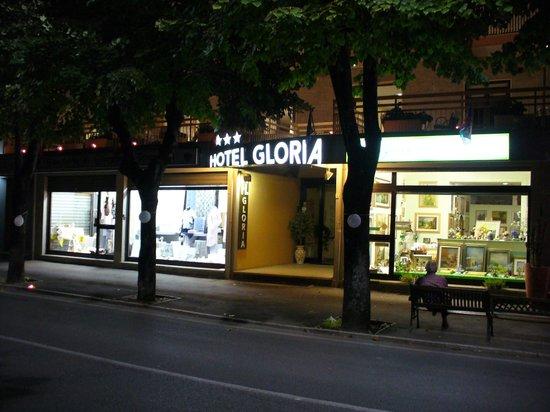 هوتل جلوريا