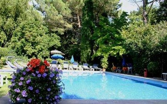 Hotel Juliane: Pool
