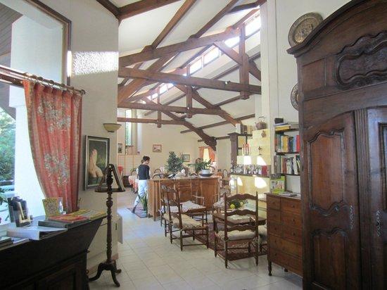 Hotel Le Vieil Amandier: The dining area