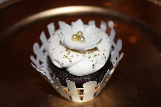 Willow Cakes & Pastries: Willow Bakery Cupcake