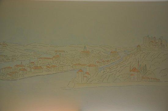 Hotel Atrium: Paesaggio di Passau sopra il letto