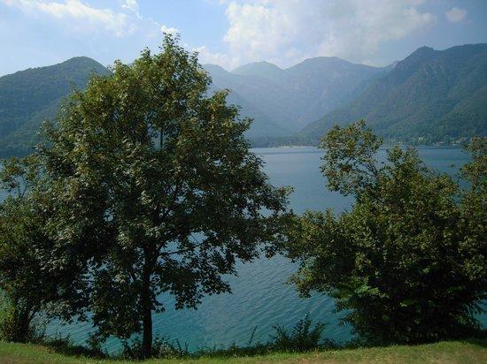 Adriana Family Hotel: panorama lago di Ledro