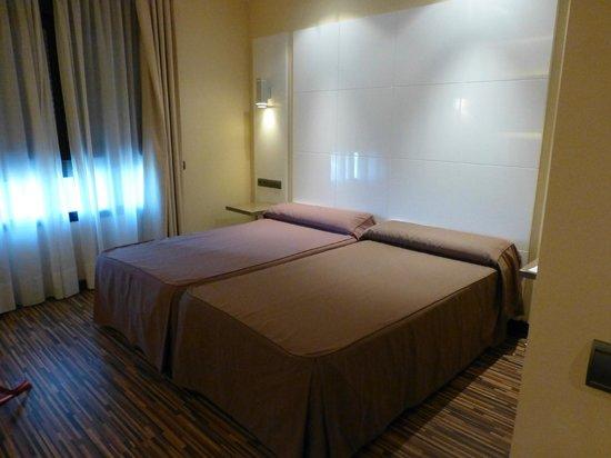 Hotel Malaga Nostrum: Habitación