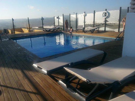 Piscina billede af hotel malaga nostrum malaga for Piscina inacua malaga