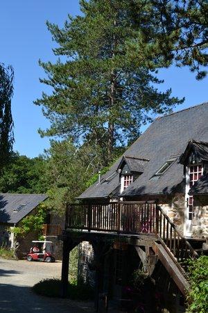 Les Moulins du Duc : Steps accessing the upper suite