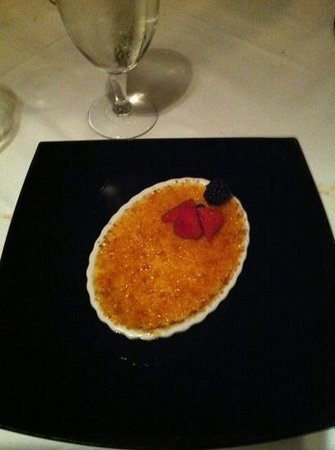 Ruth's Chris Steak House: Creme Brulee to die for