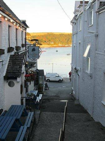 Victory Inn: The sea just a short stumble away