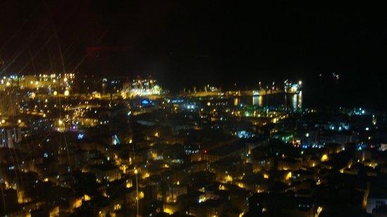 Radisson Blu Hotel, Mersin: Night view of the marina