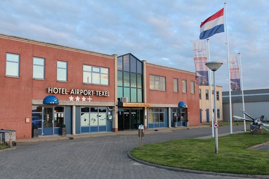 Photo of Hotel Airport Texel De Cocksdorp
