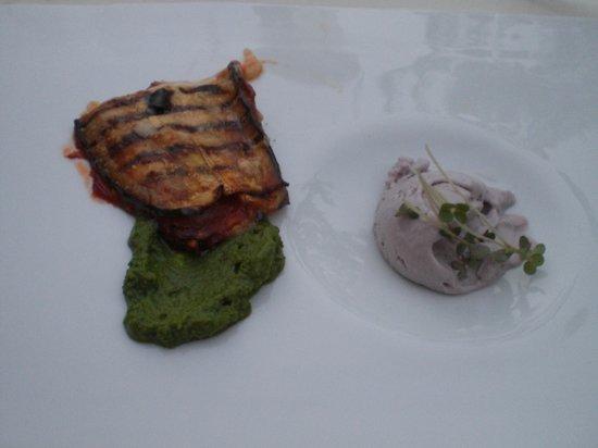 La Candola: La parmigiana con il gelato alla cipolla di Tropea