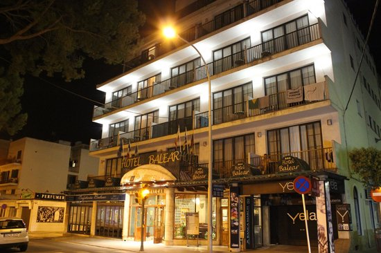 Balear: Hotel from the street