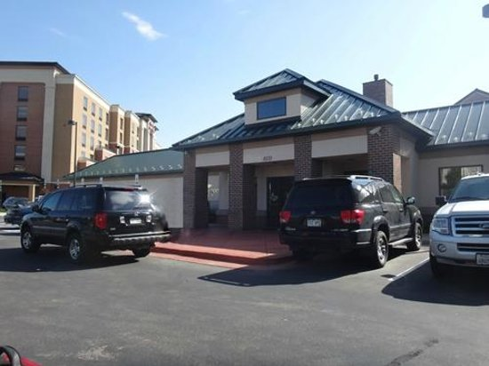 Homewood Suites Denver International Airport : Exterior