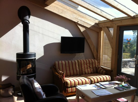 Docharn Lodge Guest House : cozy place to sit and read, or sip