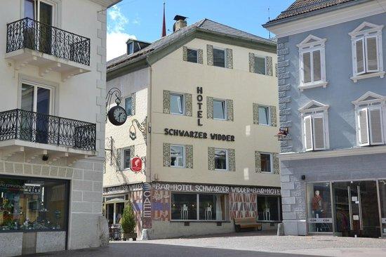 Hotel Schwarzer Widder : L'albergo