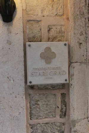 Hotel Stari Grad: Nameplate for the hotel
