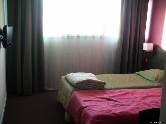 Adagio Access Marseille Saint Charles: Room