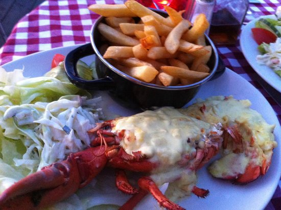 Harbour Garden Cafe: Lobster and chips