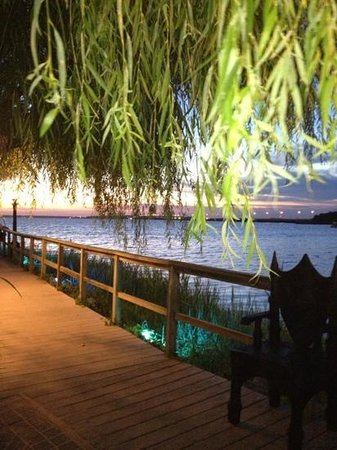 Fager's Island Restaurant & Bar : View of the Bay