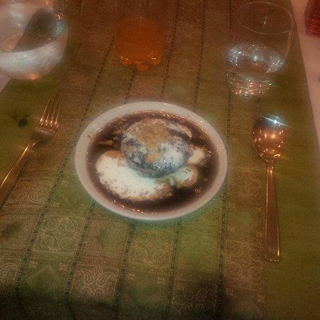 Lulu Restaurant : Sticky date warm desert