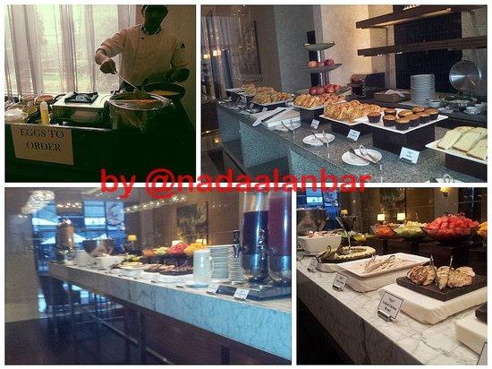 Oakwood Premier Prestige Bangalore: Breakfast buffet1