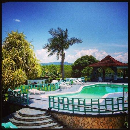Coral Seas Garden: Coral S.G. hotel pool