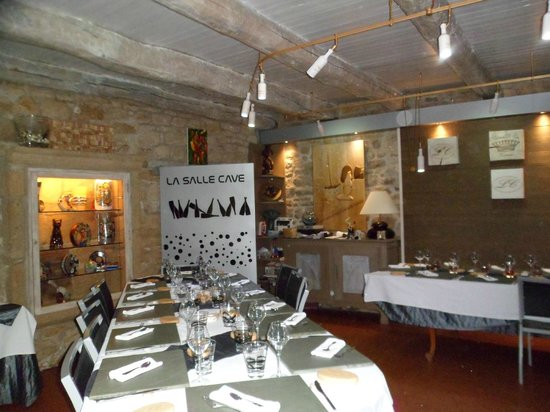 Restaurant La Côte : Un cadre né d'une imagination libre de conventions, qui aurait plu à Matisse, Picasso, Chagall..