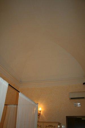 Palazzo dal Borgo Hotel Aprile : Plafond en ogive