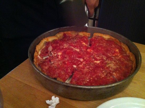 Lou Malnati's Pizzeria : Fresh and HOT