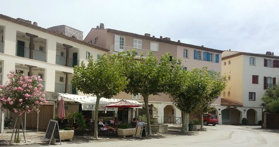 Cafe Glacier De La Plage Port Grimaud Restaurant Reviews Photos - Port grimaud location