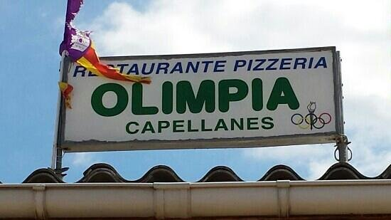Cafeteria Olimpia: Restaurant just in front of th beach.