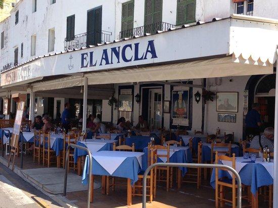 Restaurante el ancla port de ciutadella menorca for Restaurante puerto rico madrid