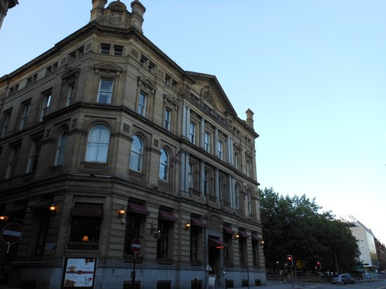 Sir Thomas Hotel : Exterior 3