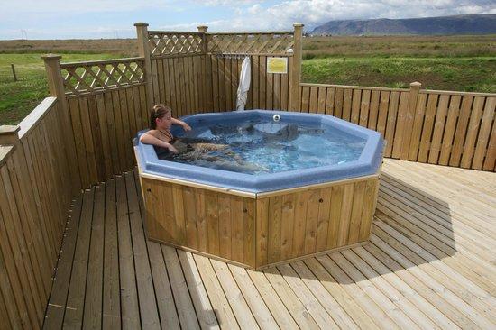Lambastadir Guesthouse: The geothermal hot tub