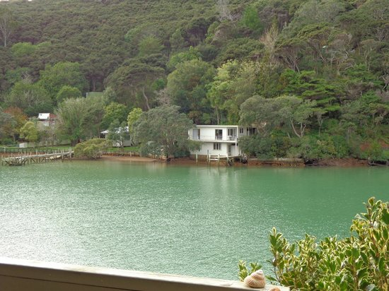 Kawau Lodge: Looking out from deck in front of room