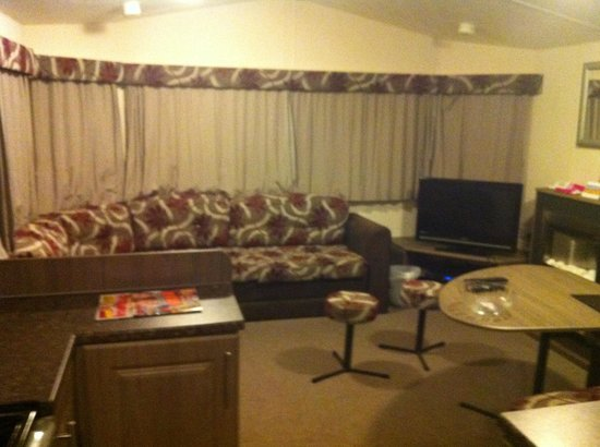 Parkdean Newquay Holiday Park: Living room