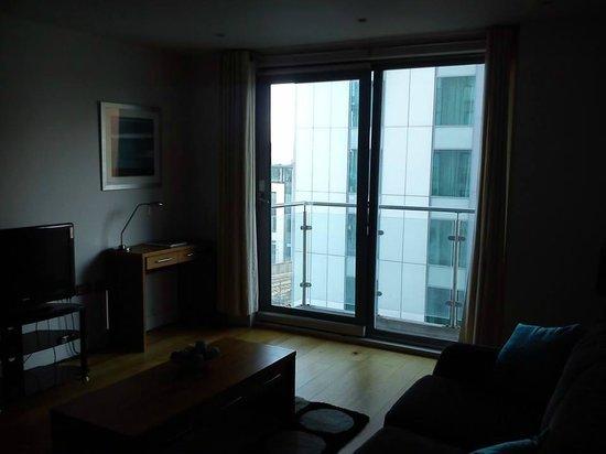 Meridian Terrace Serviced Apartments: Balcony