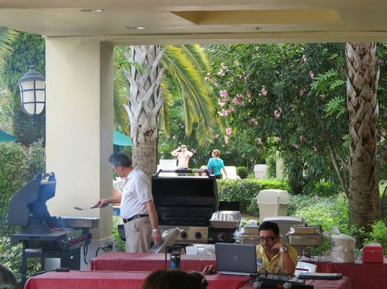 Vacation Village at Weston: BBQ NA PISCINA