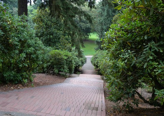 Portland Mayor's Mansion: Laurelhust Park