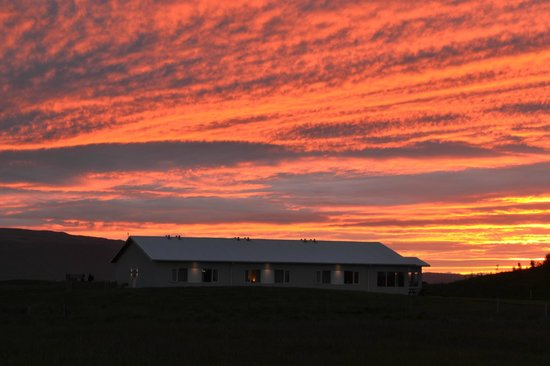Lambastadir Guesthouse: The midnight sun at Guesthouse Lambastadir