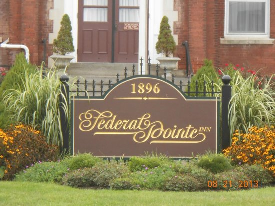 Federal Pointe Inn, an Ascend Hotel Collection Member: Signage