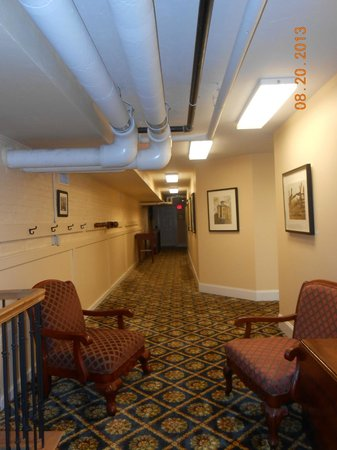 Federal Pointe Inn, an Ascend Hotel Collection Member: Lower level of hotel