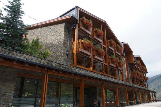 Nordic Hotel: Entrada al hotel