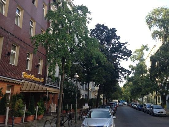 Hotel Carmer 16 : yeşiller içinde bir otel