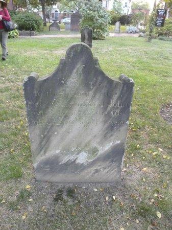 Alexandria Presbyterian Church: Tombstone