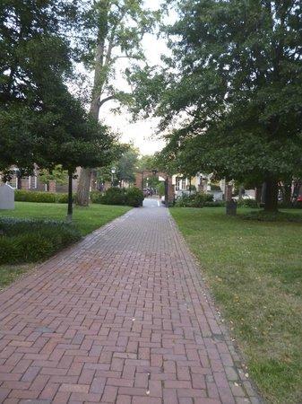 Alexandria Presbyterian Church: brick walkway