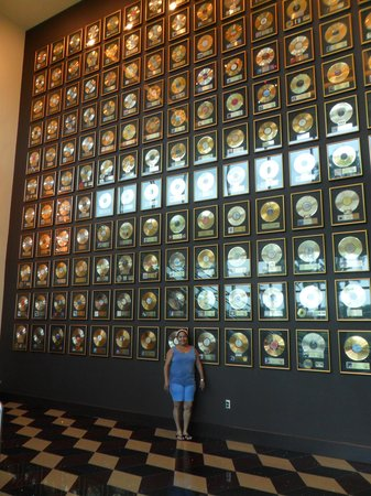 Seminole Hard Rock Hotel Tampa: big wall of fame