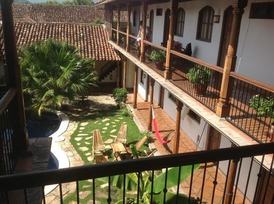 Hotel Patio del Malinche: Pool patio