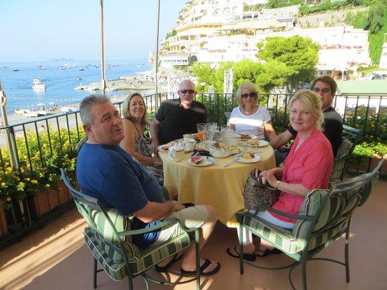 Hotel Buca di Bacco: Breakfast on the terrace